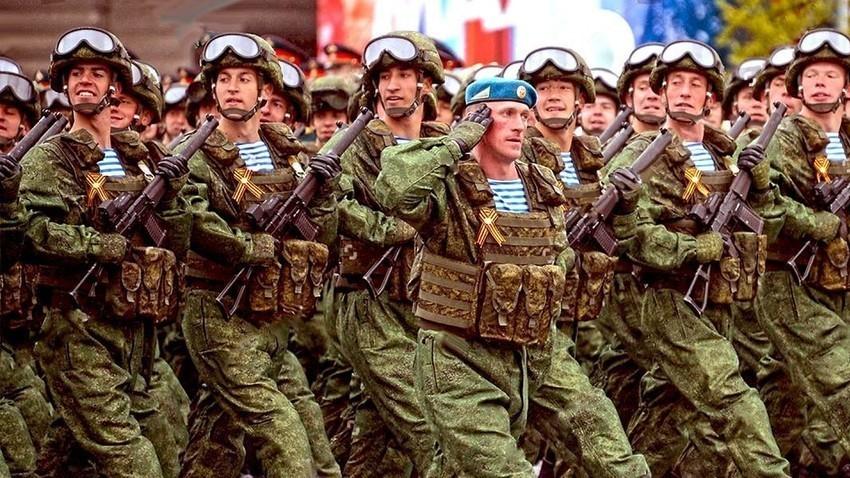 Войници на Парада на Победата в Москва, 2017 г.