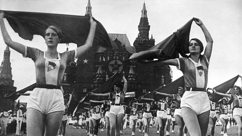 1920年代ロシアで性革命がいかに...