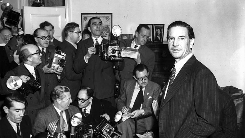 """Kim Philby, o mais conhecido membro do círculo de espiões soviéticos """"Cambridge Five"""", no Reino Unido."""