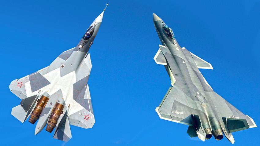 """Od njih """"strepe"""" SAD: Ruski Su-57 i kineski J-20."""