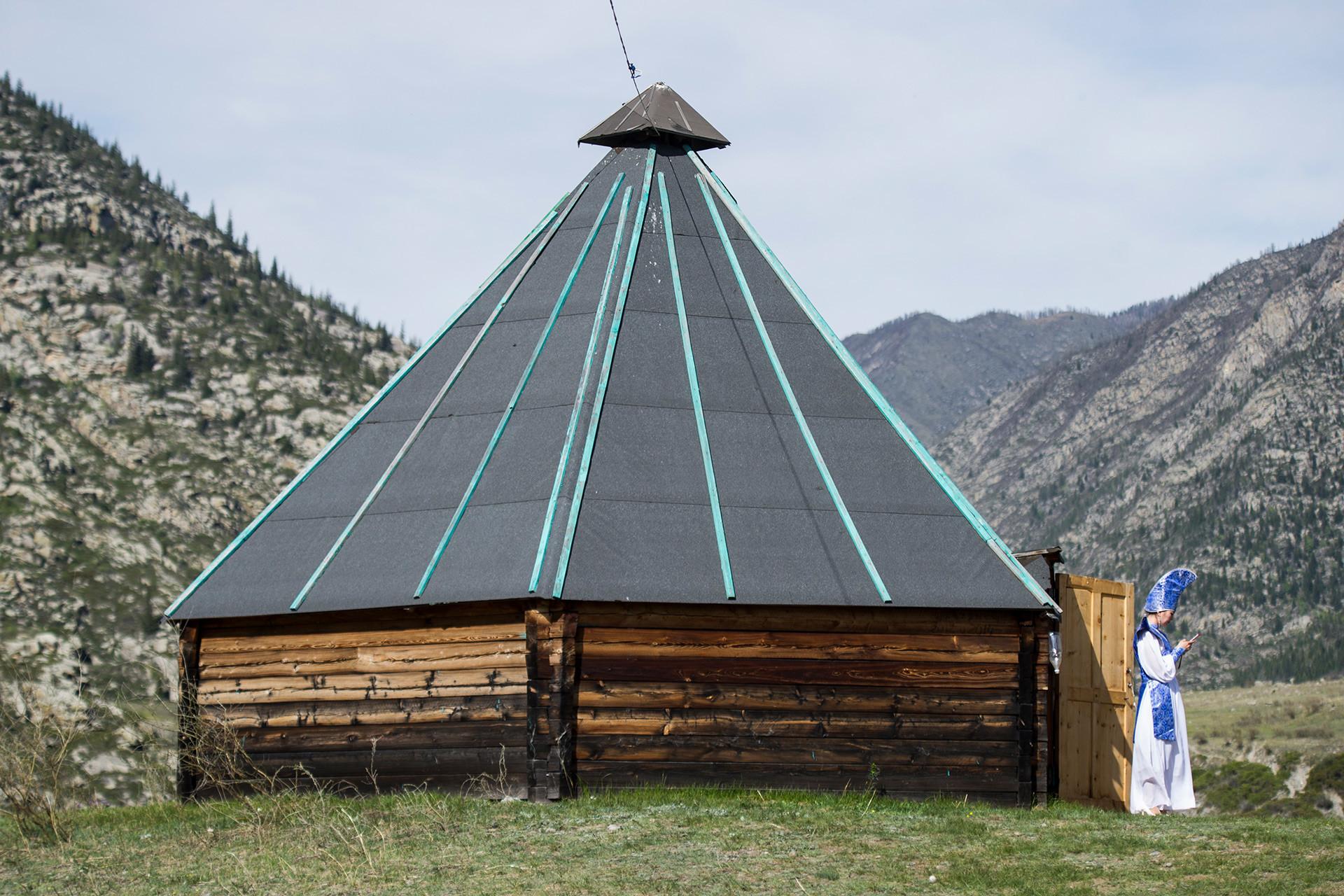 Sette straordinari tipi di case tradizionali russe for Tipi di abitazione
