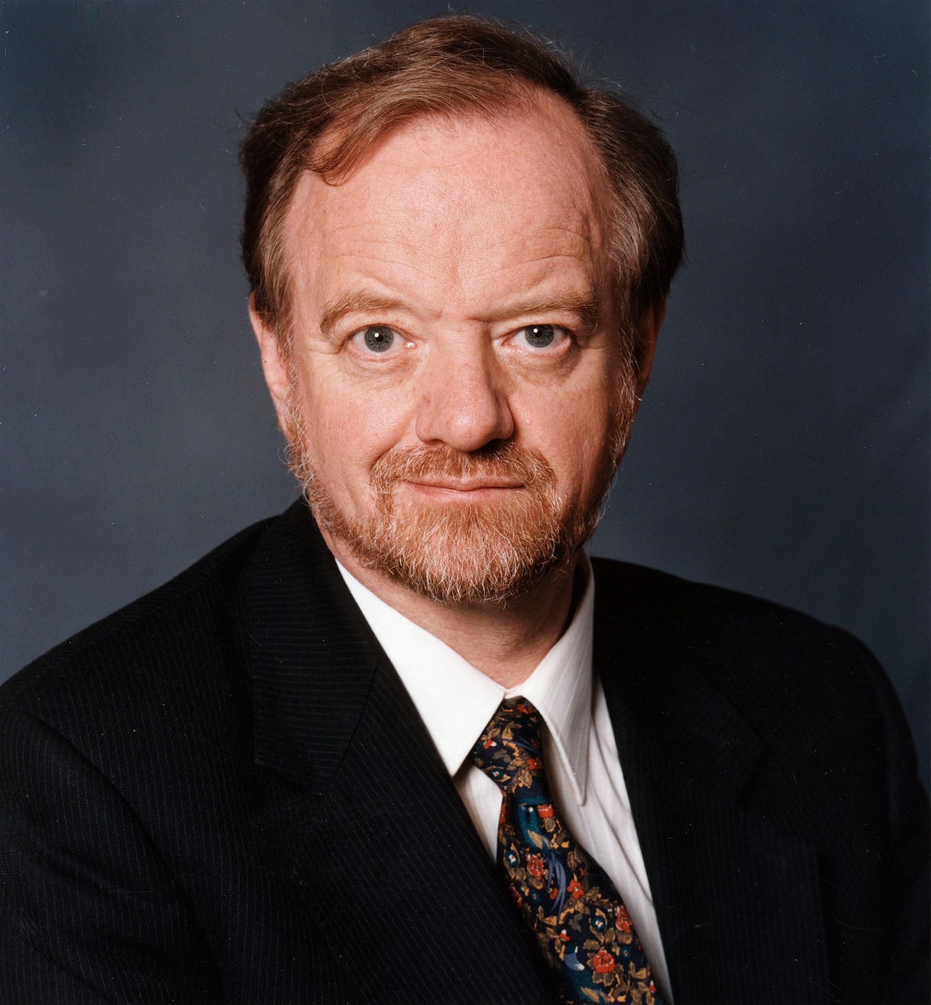 Робин Кук (1946 - 2005), политик от британската Лейбъристка партия, външен министър (1997 - 2001)