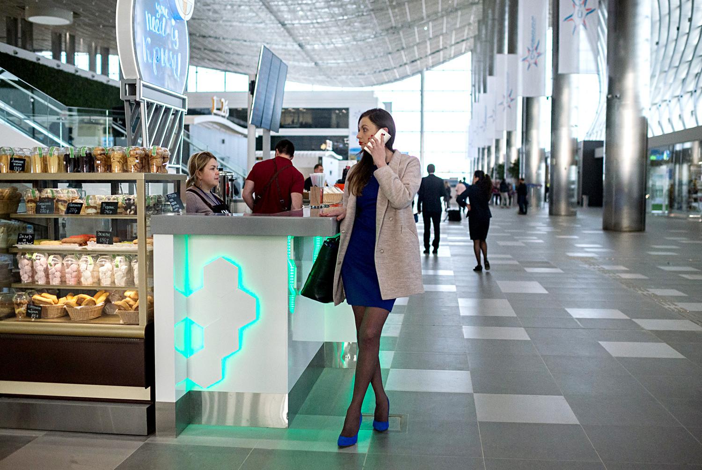 Кафе у новом кримском Таласастом терминалу на међународном аеродрому Симферопоља.