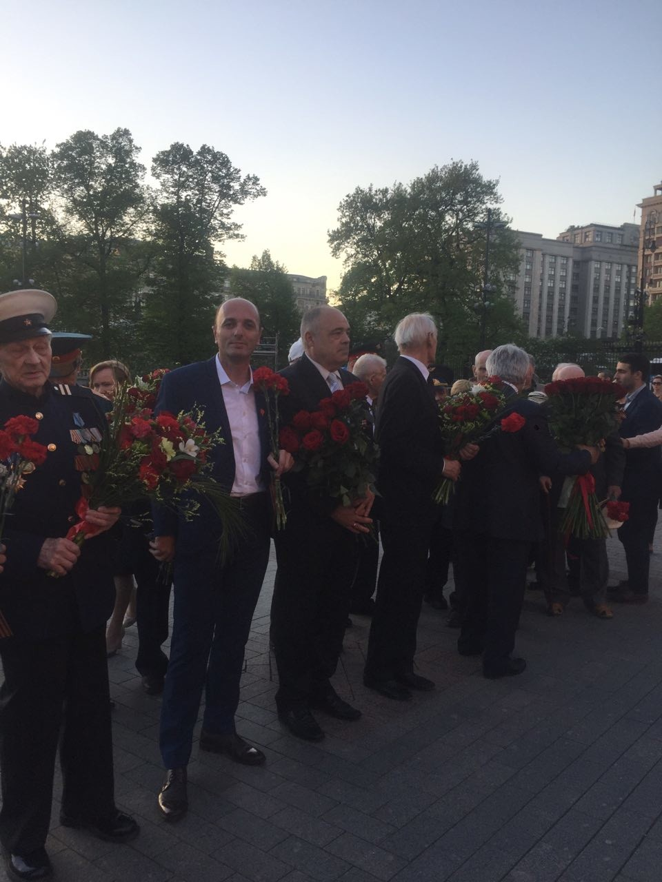 """Црногорци у првом реду поворке """"Бесмртног пука"""" на Црвеном тргу"""