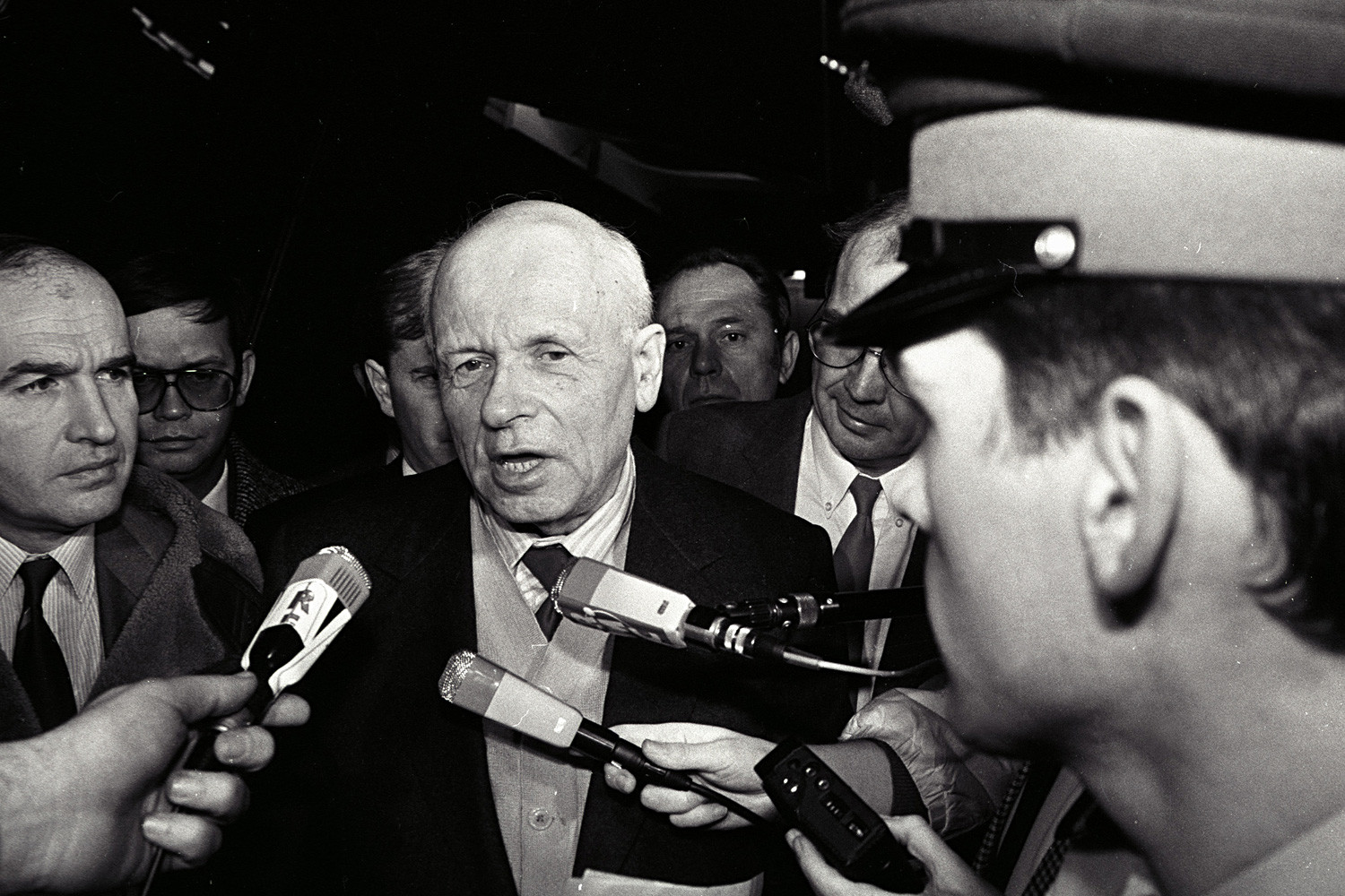 Andrei Sakharov arrives at Paris's Orly airport to participate in the ceremonies for the 40th anniversary of the United Nation's adoption of the universal declaration of human rights. (Dec. 9, 1988)