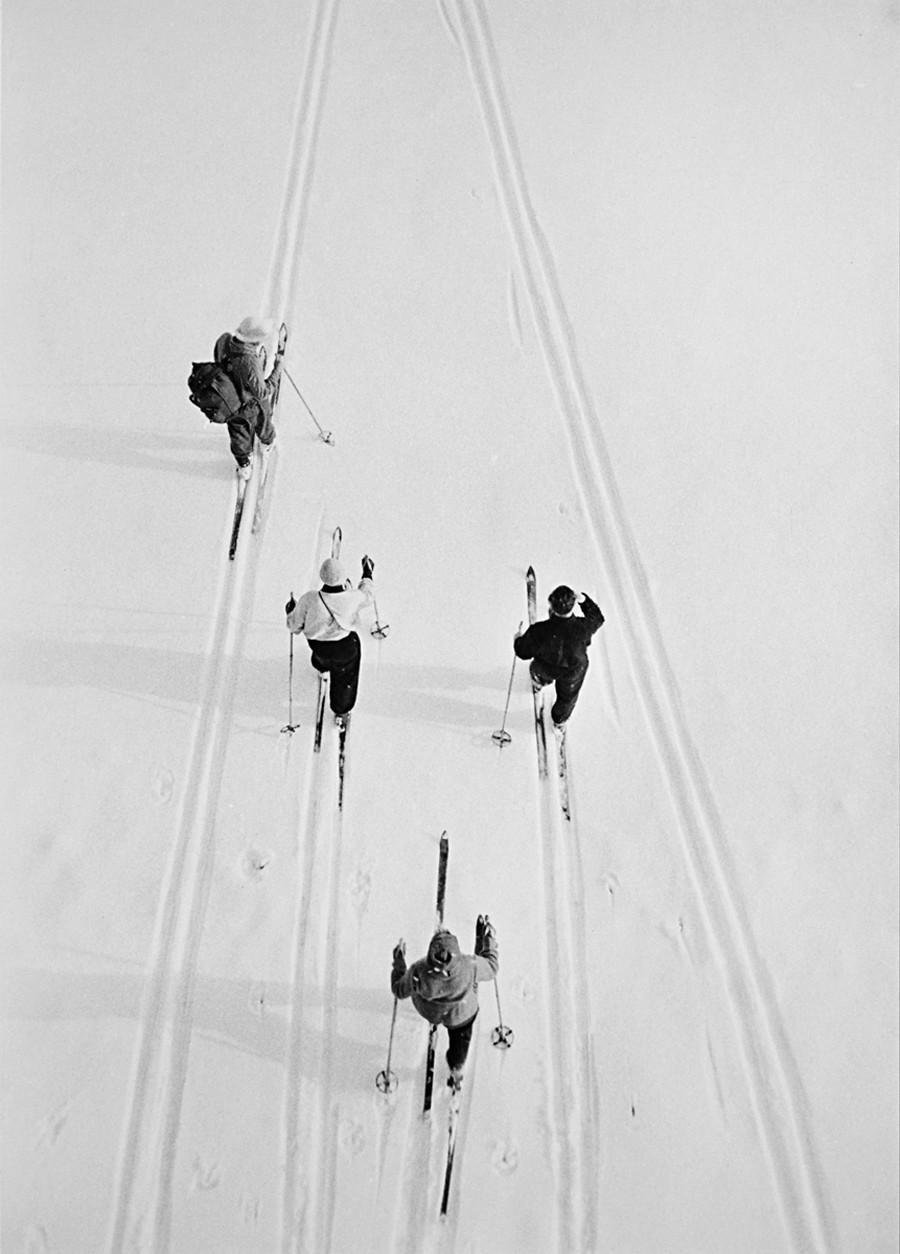 Esquiadores, 1957.