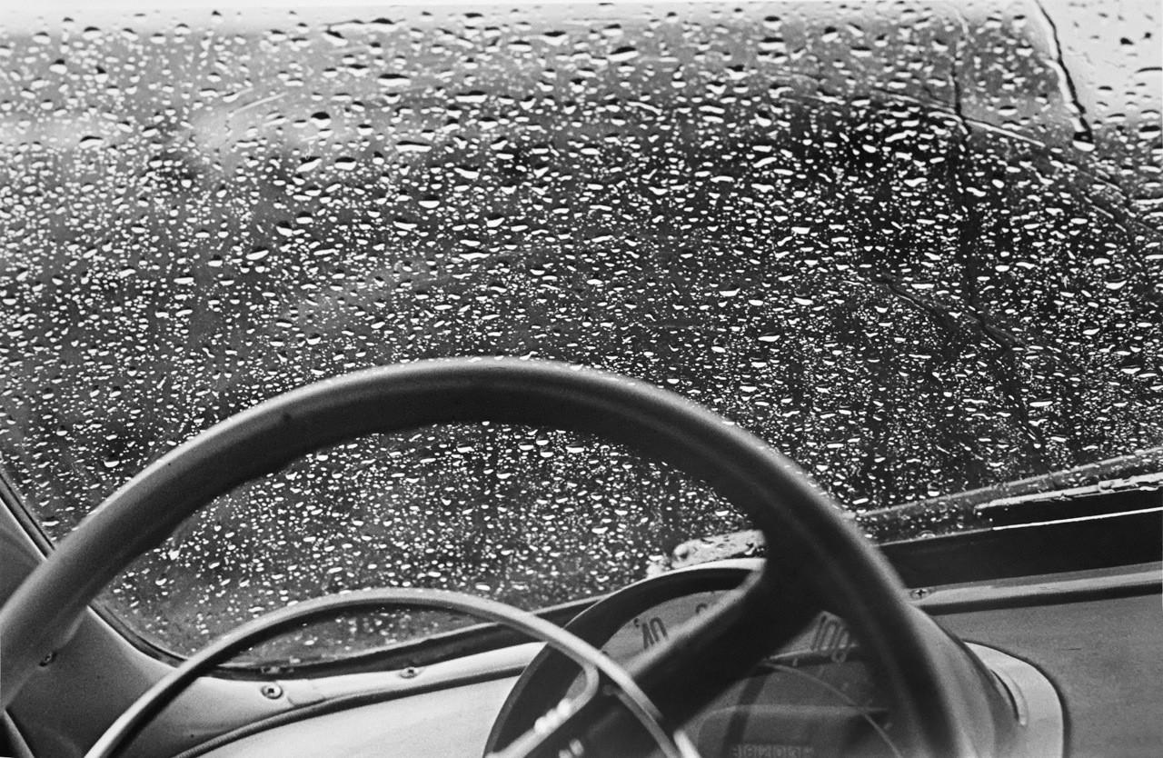 Coche Volga. La espera, 1958.