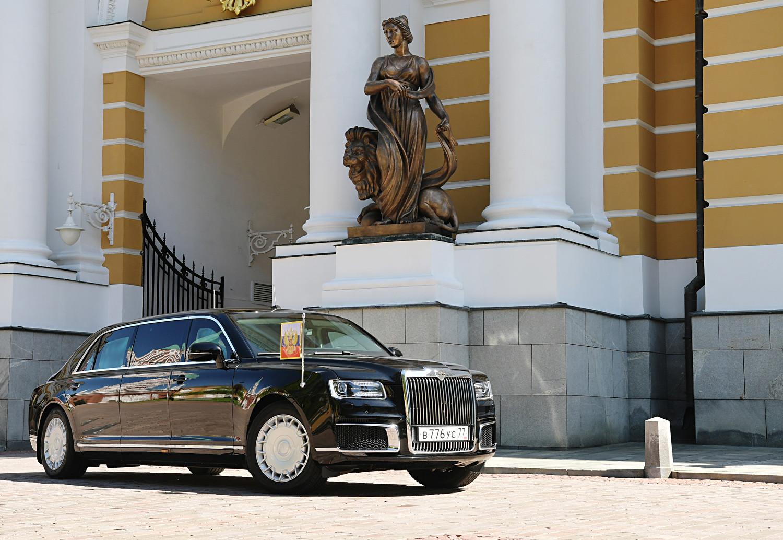 Новата лимузина на Путин - Aurus