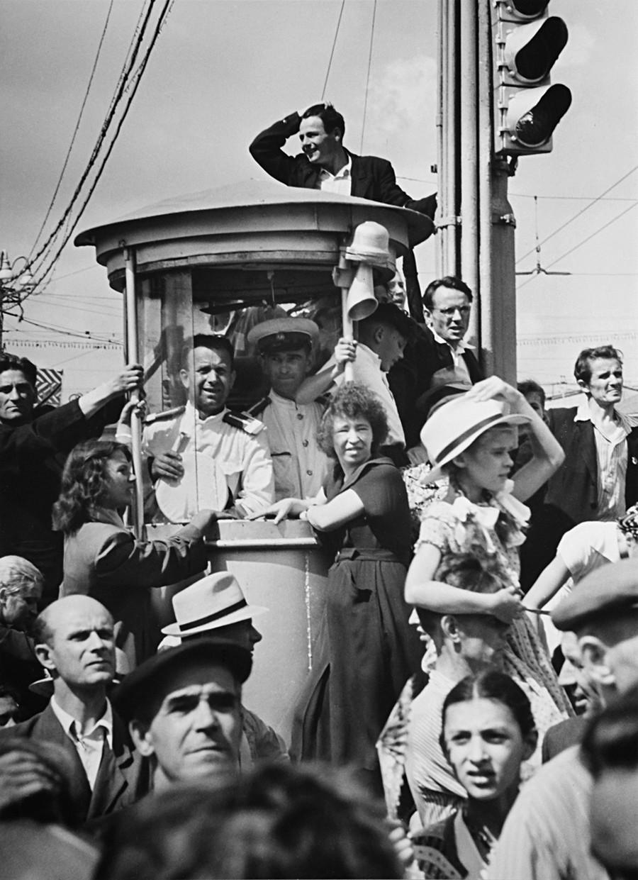 世界青年学生祭典の期間のモスクワ、1957年