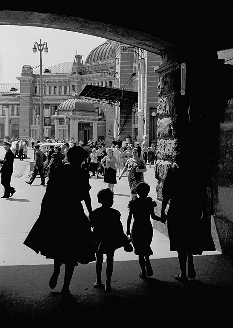 ベラルースキー駅、1959年