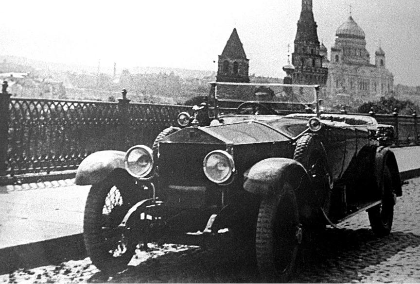Rolls-Royce, s katerim se je Lenin prevažal med letoma 1921-1922.