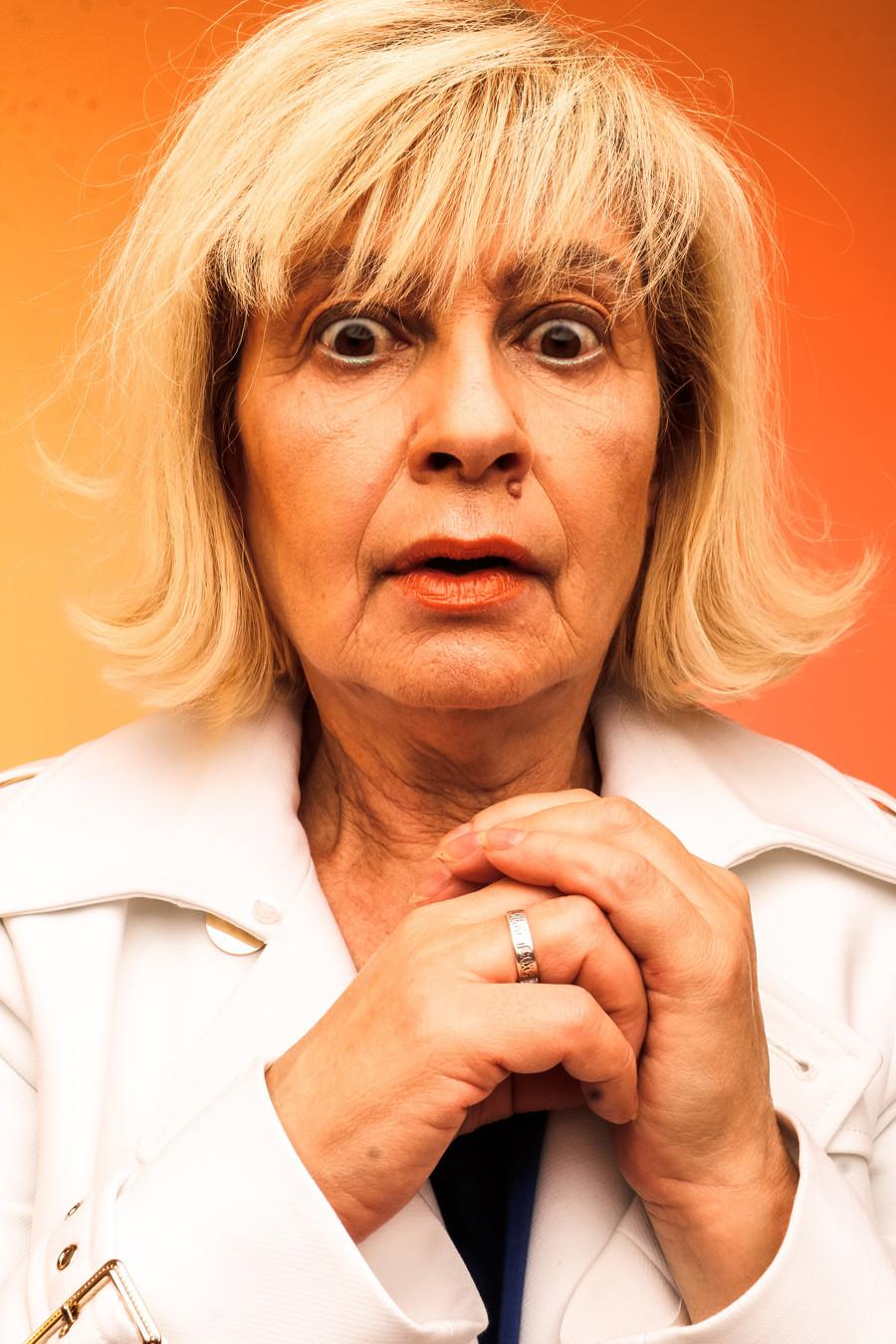 Viktoriya, 63