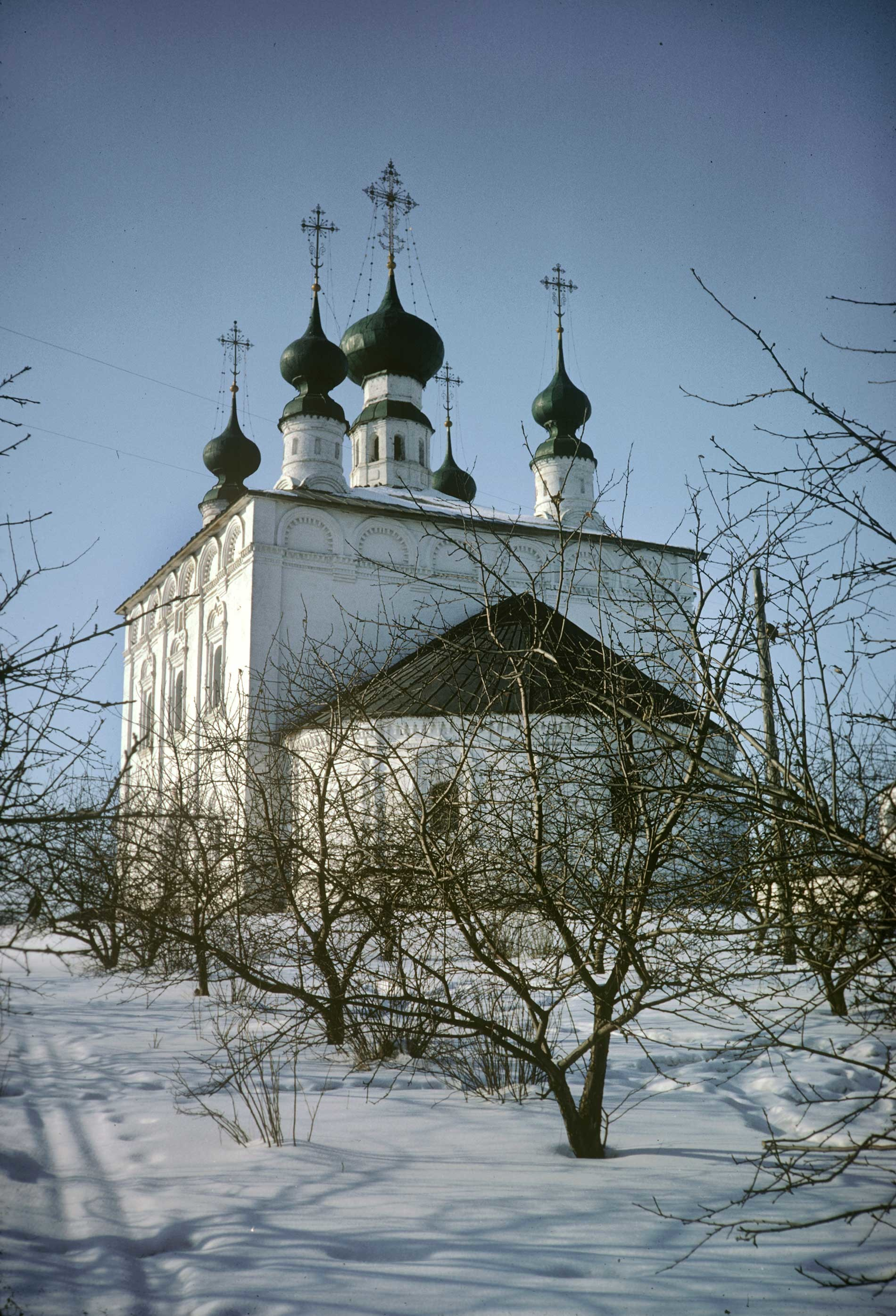 Suzdal. Church of Sts. Peter&Paul, southeast view. March 5, 1972.