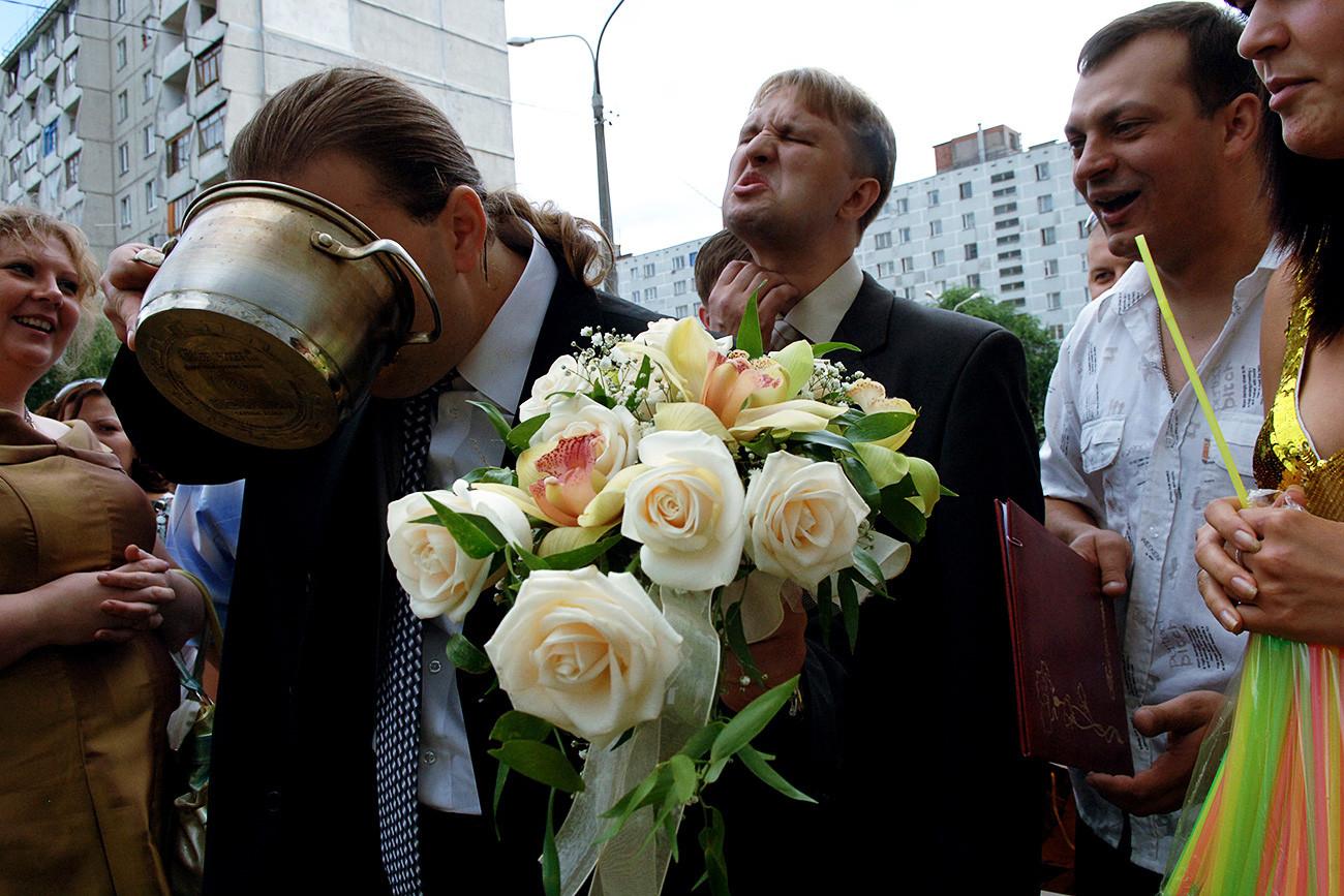 Upacara pernikahan di Rusia sarat berbagai ritual dan tradisi.