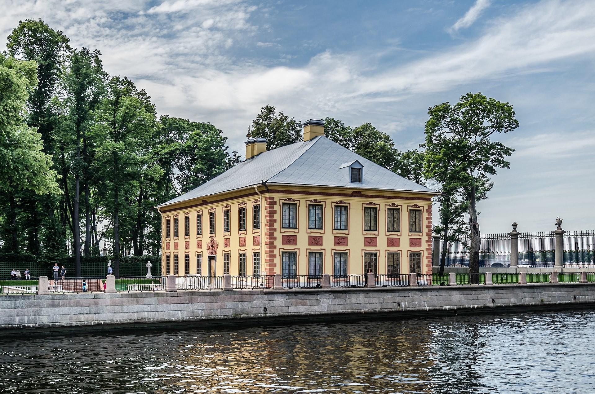 Letni dvorec Petra Velikega