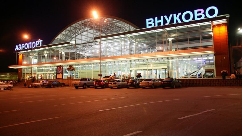 Aeroporto Vnúkovo.