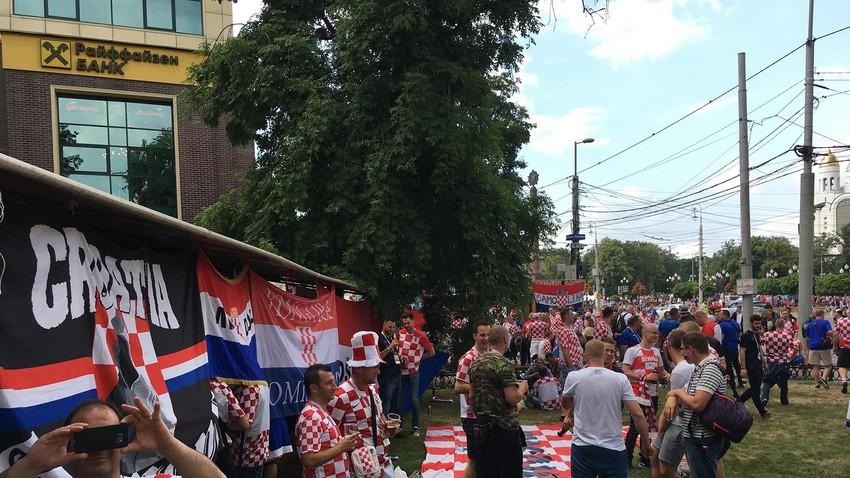 Počelo nogometno ludilo u Kaliningradu!