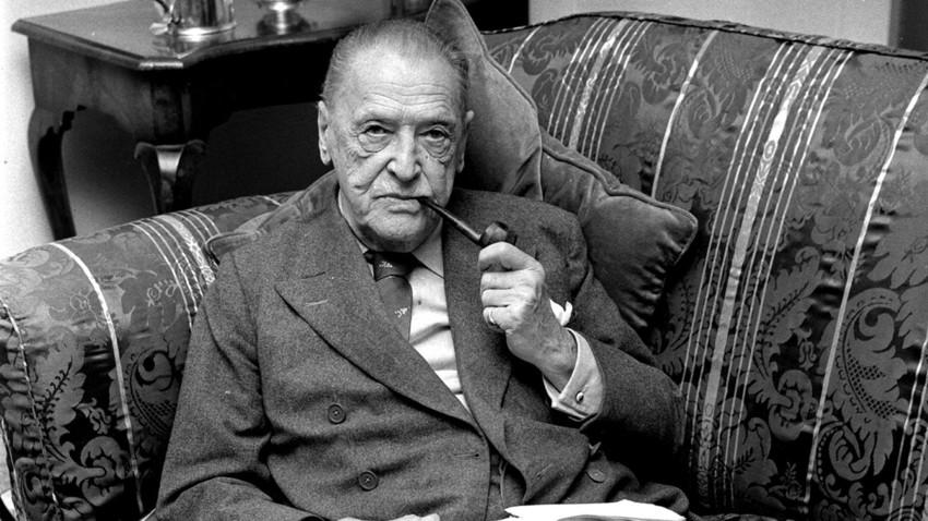 Der britische Schriftsteller William Somerset Maugham