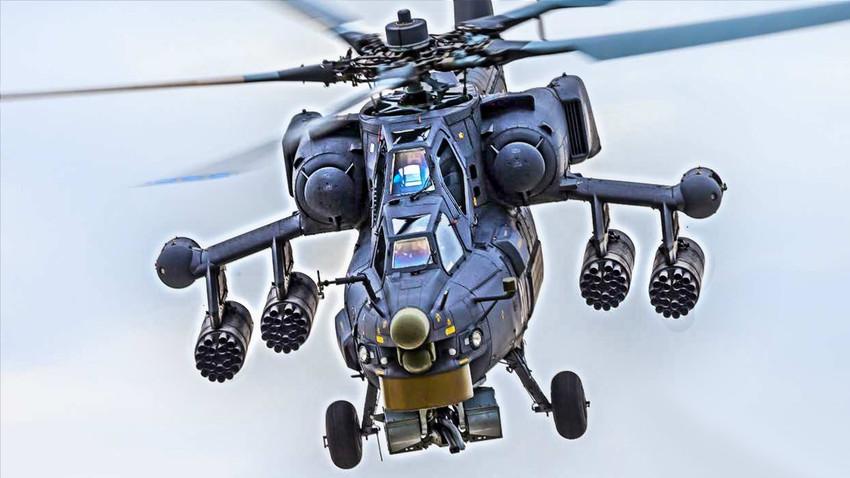"""Ми-28Н наоружан поткрилним """"саћастим"""" контејнерима Б8В20-А који служе са смештај НРЗ кал.80мм"""