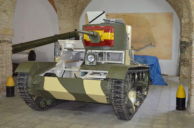 Tanque T-26B en el Museo de Artillería de Cartagena.