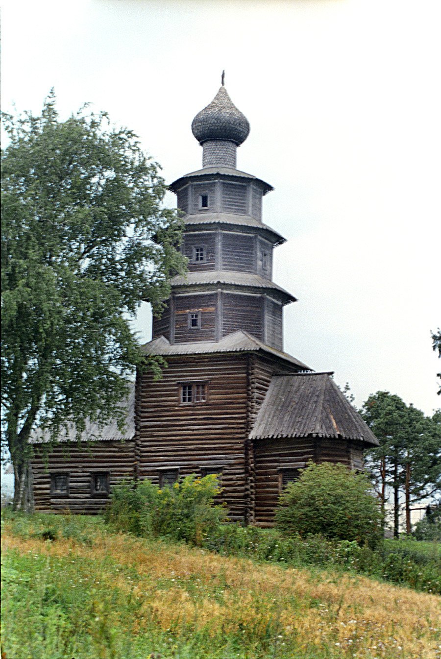 Church of the Tikhvin Icon (Old Church of the Ascension), southeast view.  Aug. 18, 2006.