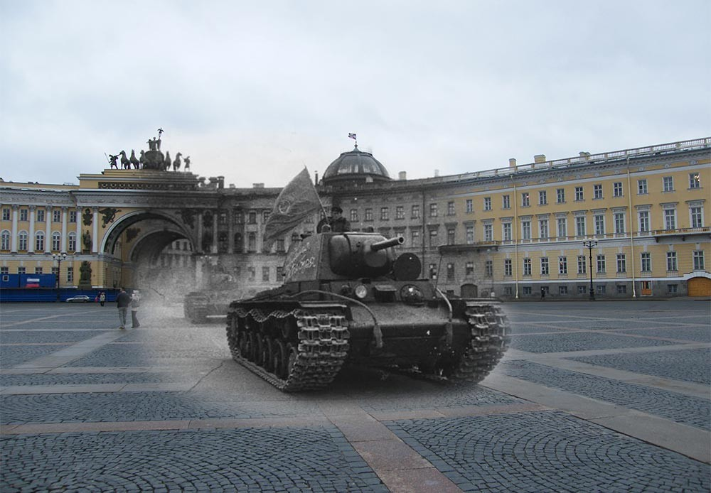 Leningrado (actual San Petersburgo), 1941-2009. Plaza del Palacio. Tanque pesado KV-1.