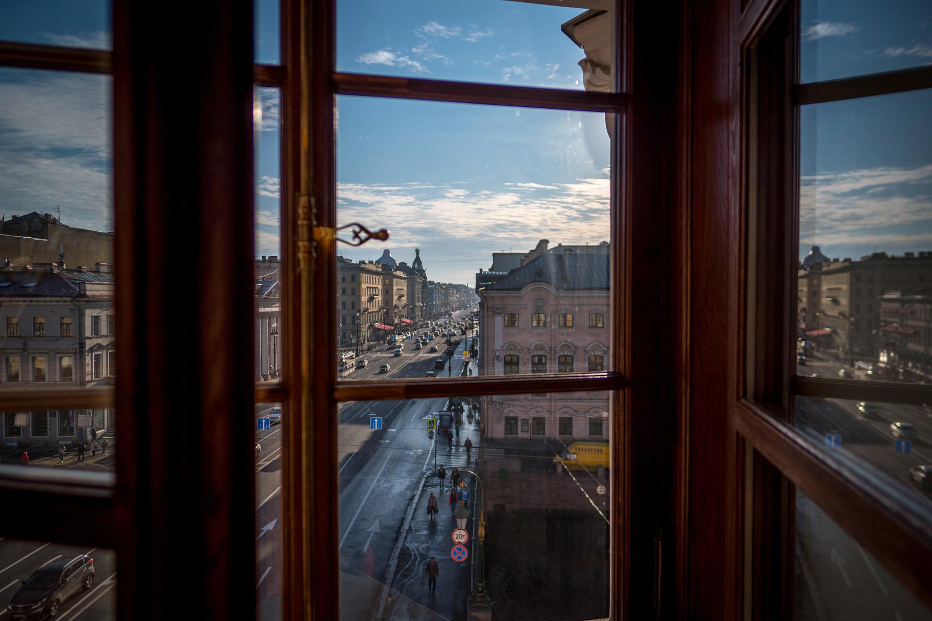 Apartemen Sankt Peterburg. Jalan Nevsky