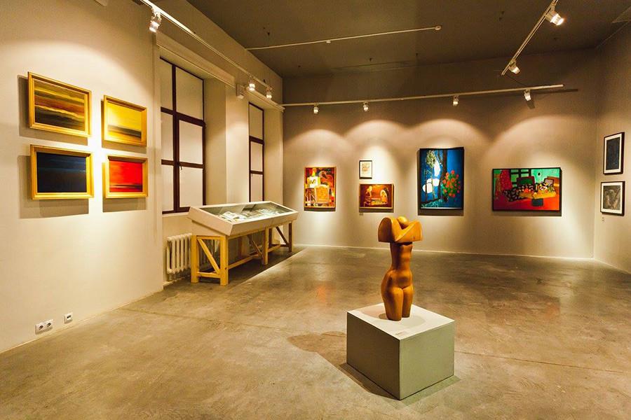 """Rebels at the Edge: Contemporary Art in Vladivostok, 1960s – 2010s,"" exhibition, 2015"