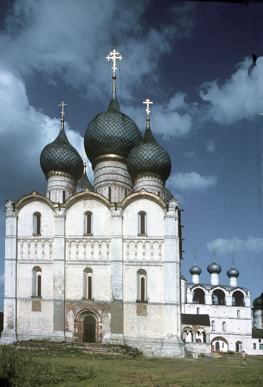 Dormition Cathedral&belfry. West view. June 28, 1995.