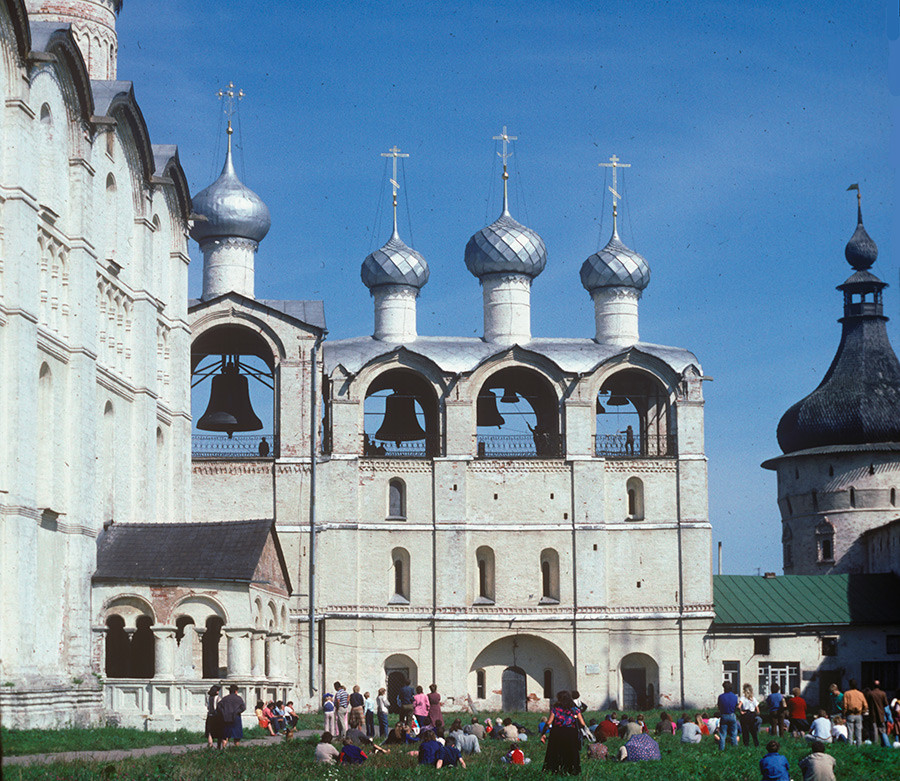 Dormition Cathedral (south facade)&belfry. West view. August 21, 1988.