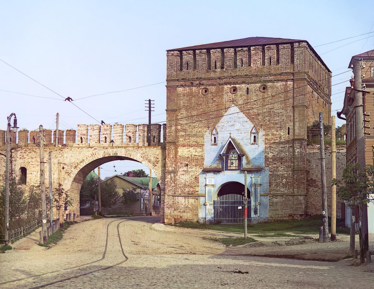 Puertas Nikólskie en la ciudad de Smolensk.