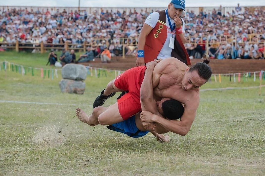Lucha tradicional yakuta.