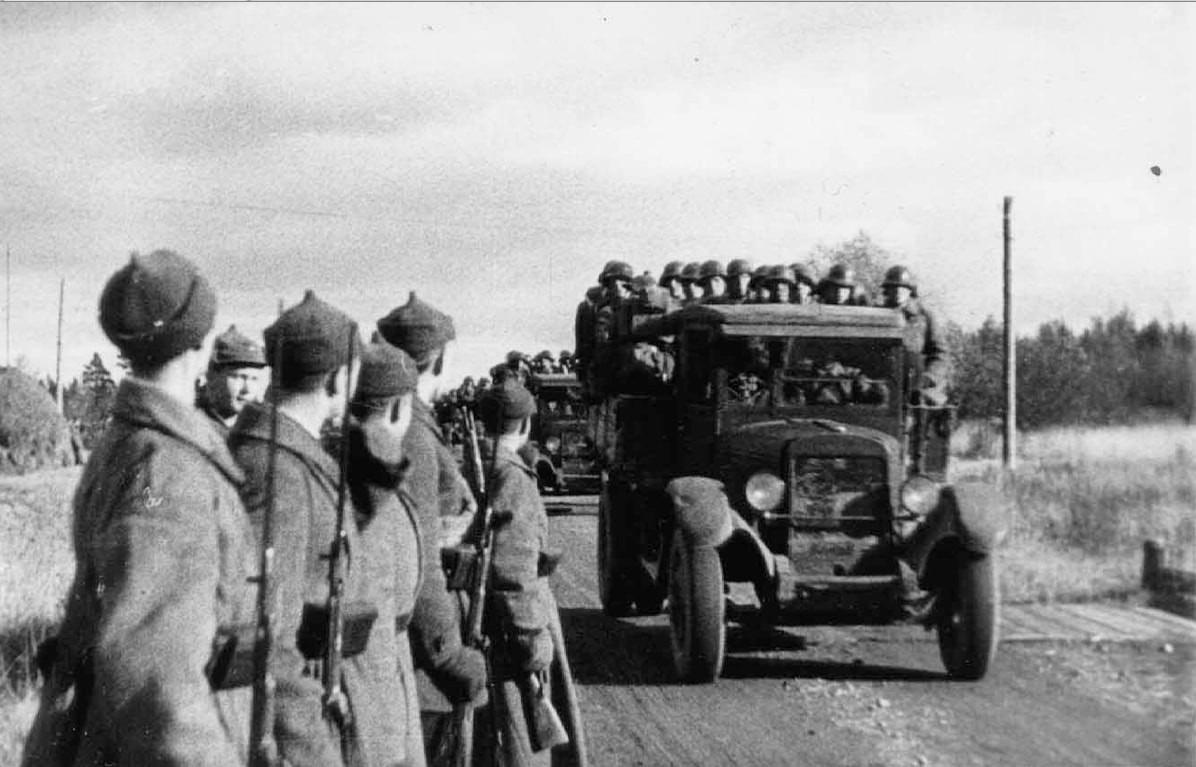 Red Army entering Estonia in October 1939