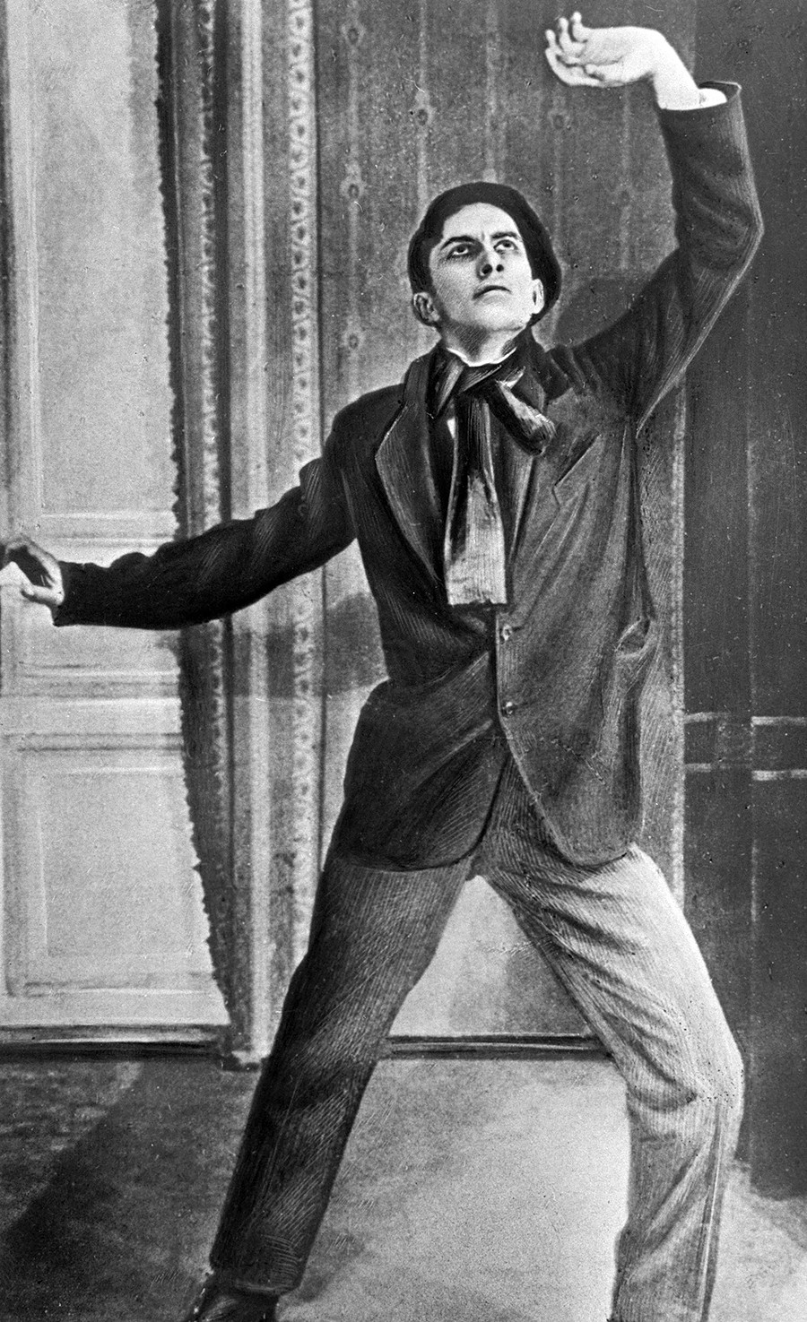 Vladimir Mayakovsky posing for a poster for the movie
