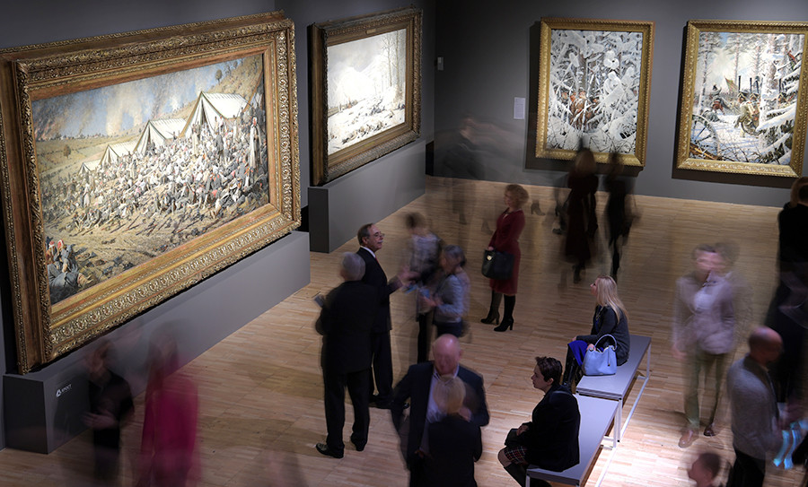 People admire masterpieces at the new Vasily Vereshchagin exhibition