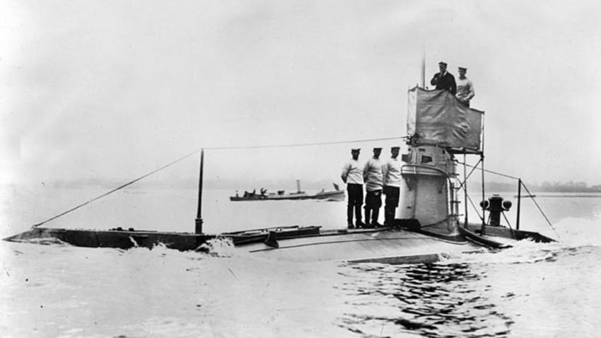 Primera Guerra Mundial, submarino inglés, 1914.