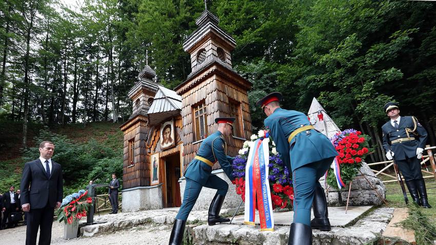Ruska kapelica je bila nekoč kraj žalovanja in spomina, danes pa je tudi kraj povezovanja med slovenskim in ruskim gospodarstvom ter politiko.