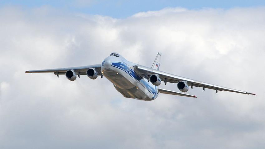 "An-123 ""Ruslan"""