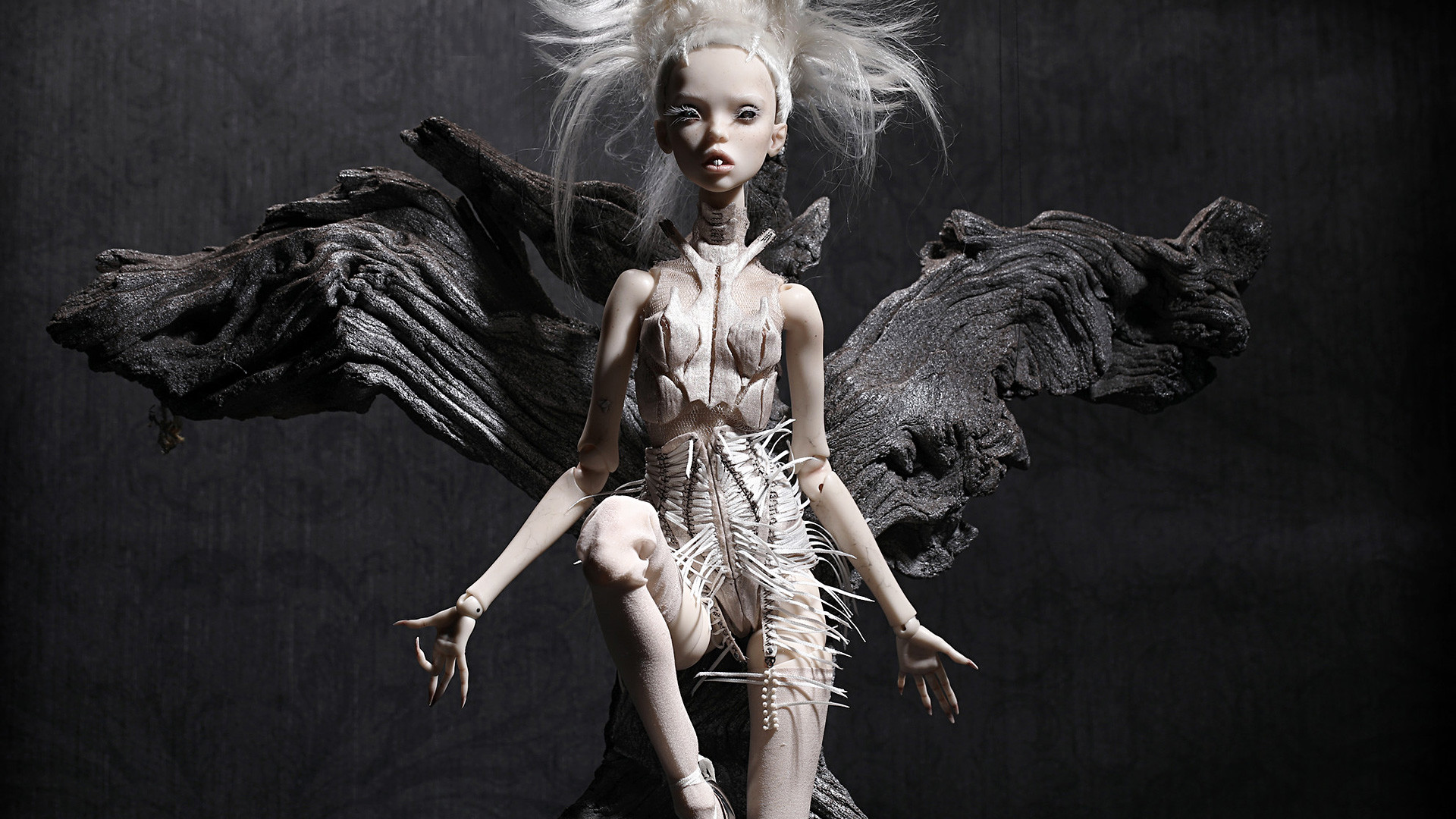Popovy Sisters' doll inspired by 'Ugly boy' song by Yolandi Visser