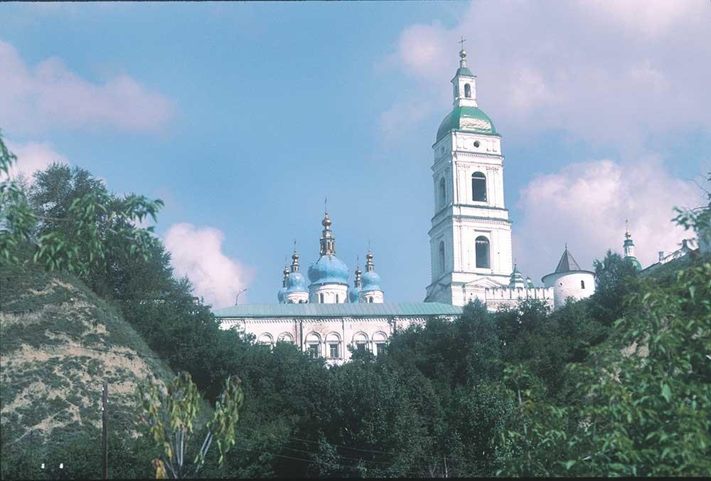 Tobolsk kremlin. View from Lower Town. Treasury (