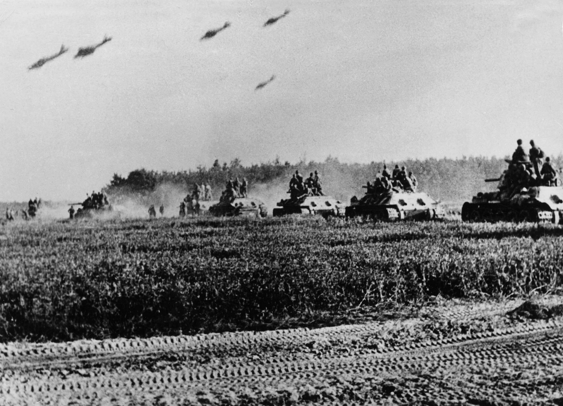 Совјетски тенковски корпус приликом припреме за противудар
