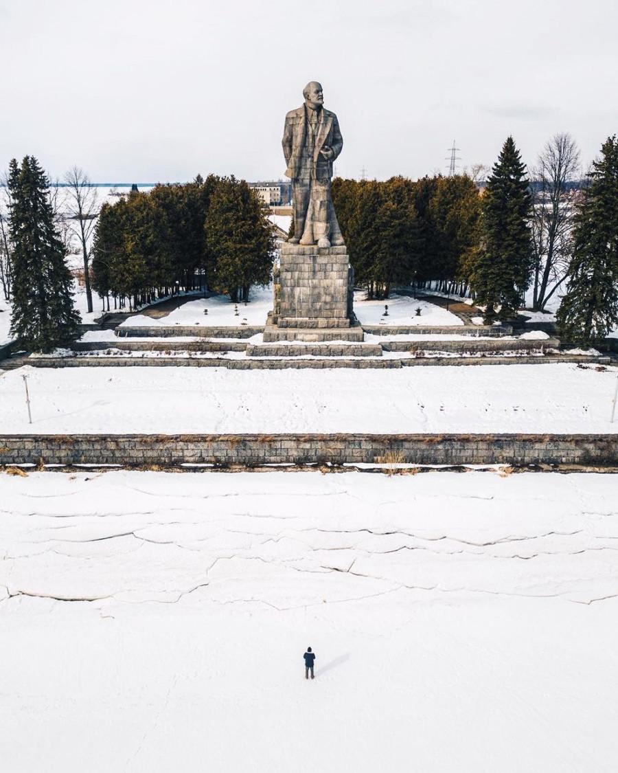 ロシアで二番目に大きなレーニン像、モスクワ州ドゥブナ