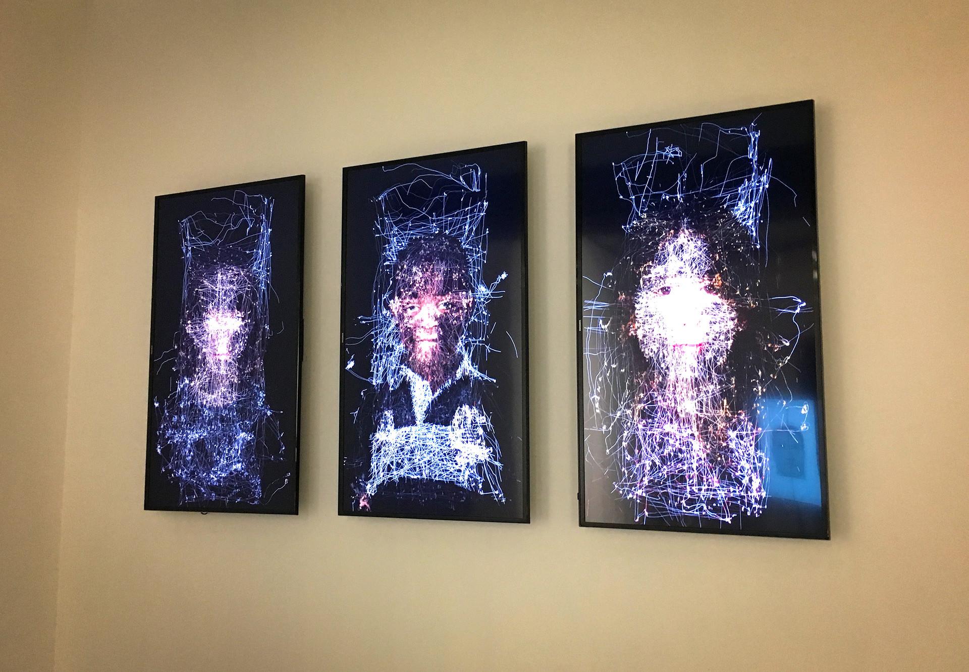 """Серија видео-портрета """"Зид погледа""""."""