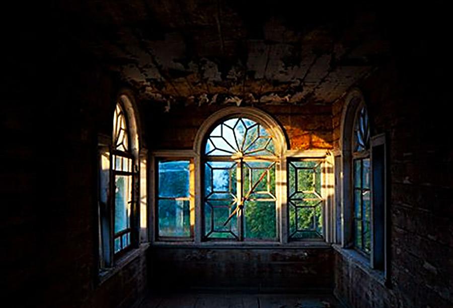 Abandoned Chamber in Chukhloma