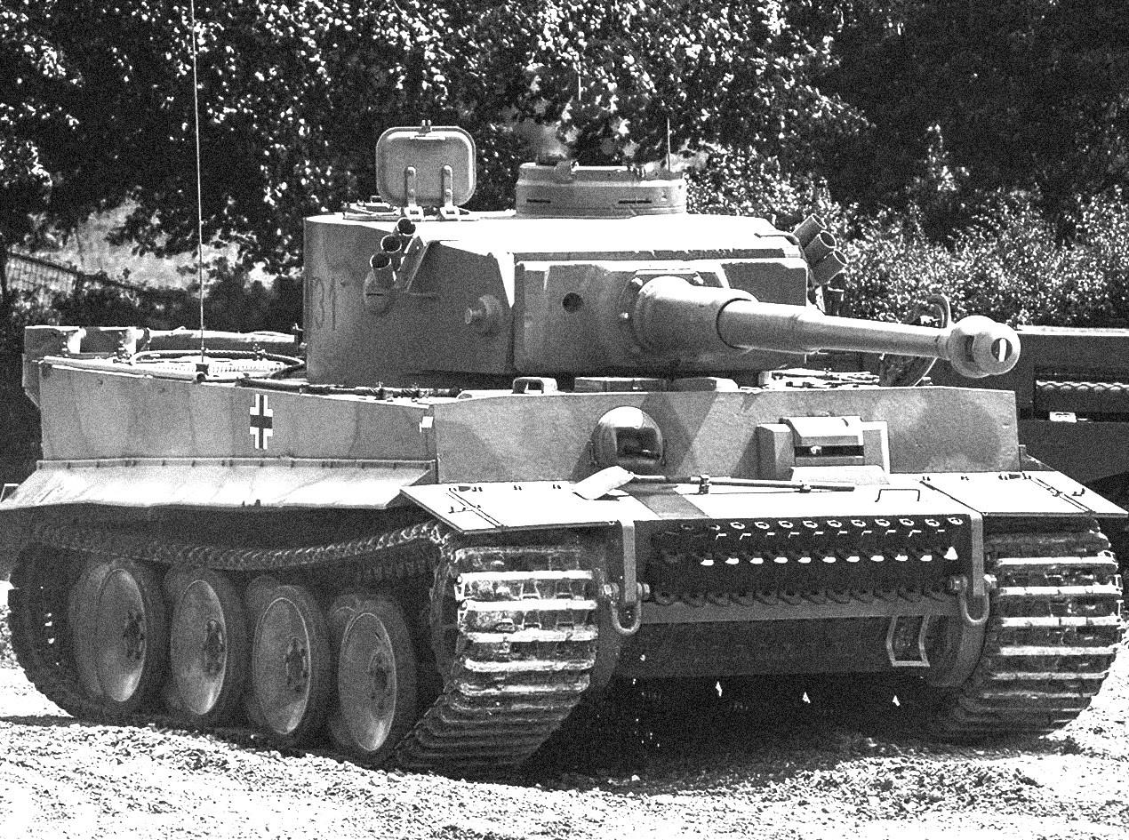 Nemški tank Pz.Kpfw.VI Tiger je bil udarna moč SS-ovskih tankovskih enot.