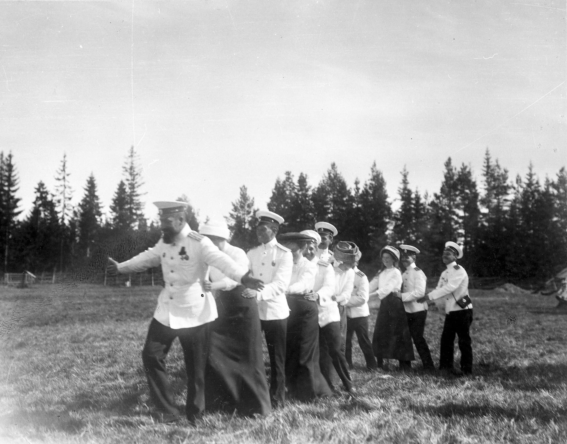 Momento de juego. Escollos finlandeses, 1911.