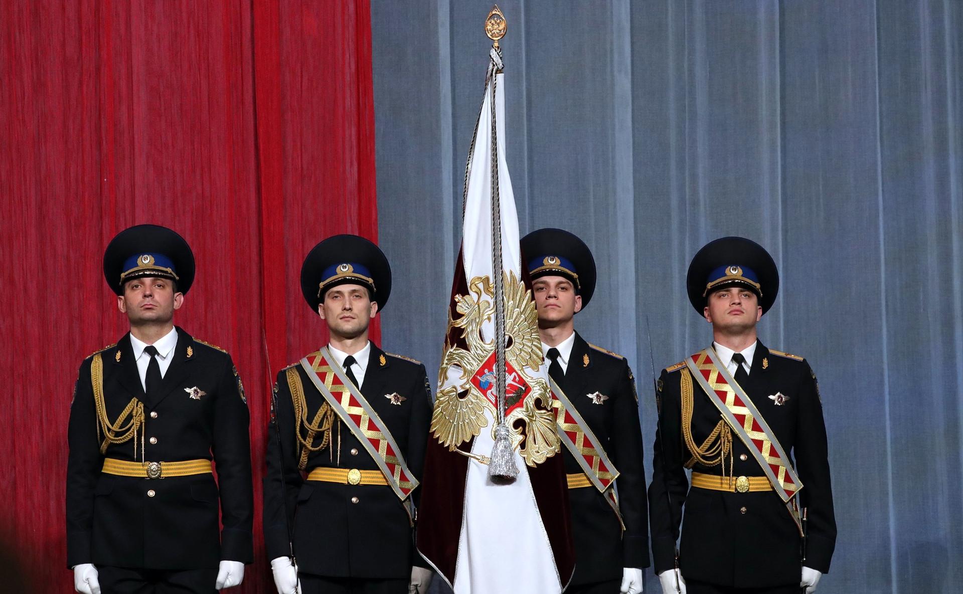 Pripadnici Rosgvardije (Ruske nacionalne garde) na prijemu u Kremlju, ožujak 2017.