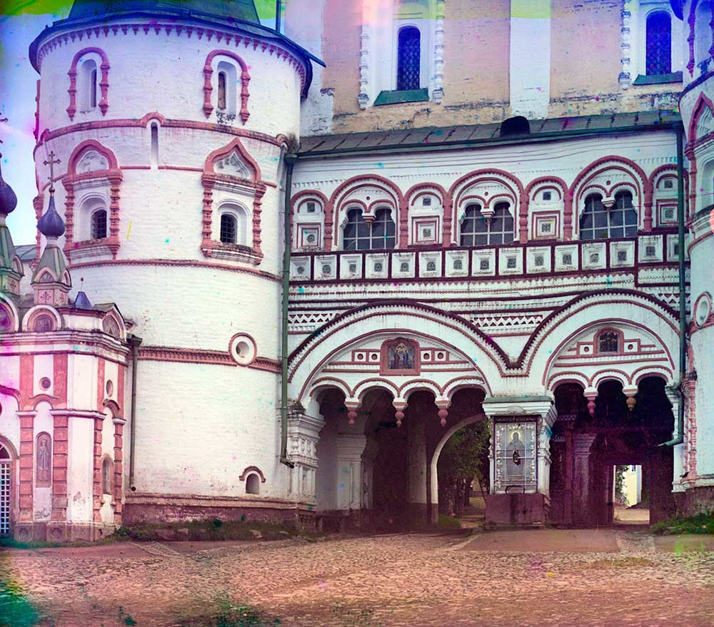 Monastery of Sts. Boris&Gleb. North Gate with the bottom tier of Church of the Purification, north view. Summer 1911.