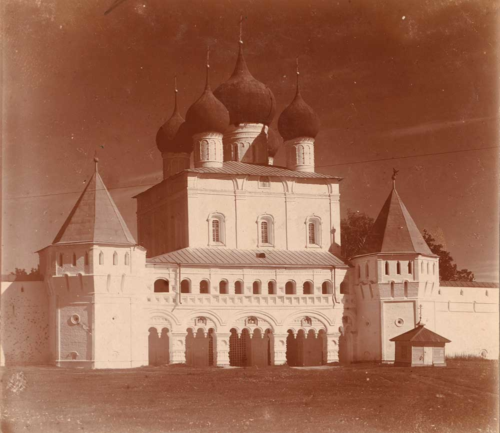 Monastery of Sts. Boris & Gleb. Church of St. Sergius over South Gate, south view. Summer 1911.