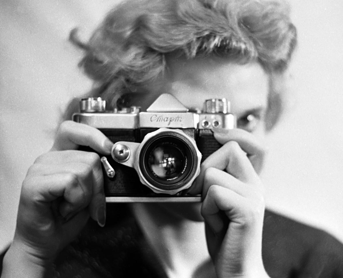 Fragmento de un reportaje sobre las cámaras Start, 1959.